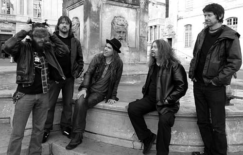newmodelarmy_band