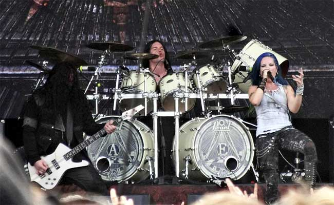 Arch-Enemy-wacken-2014