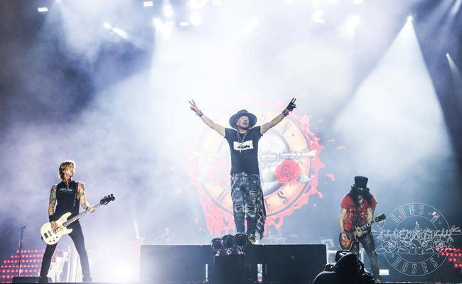 GUNS N' ROSES rocken Gelsenkirchen