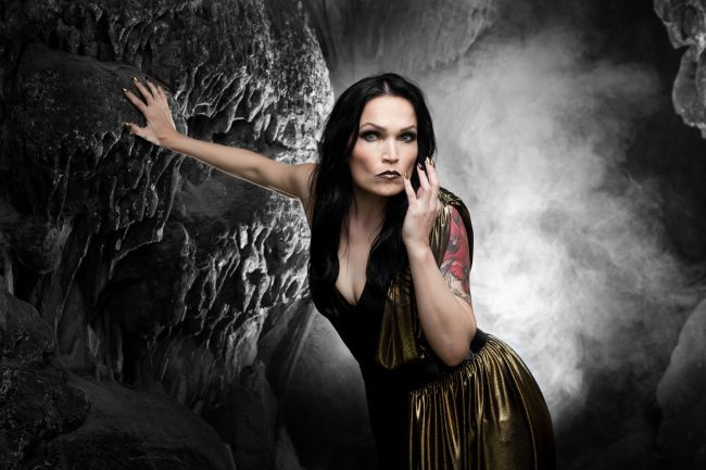 "Tarja im Interview zu ""In The Raw"""