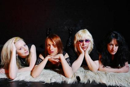 Die englische All-Girl Rock-Institution GIRLSCHOOL hat dieses Jahr ...